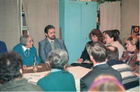 Natalia Spirina at the meeting with her colleagues from different Roerich societies. 1990s