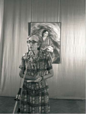 Natalia Spirina at the exhibition of Nickolas and Svetoslav Roerichs' pictures